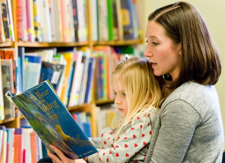 Jak czytać dziecku książki w języku angielskim? 6 wskazówek, które to ułatwiają